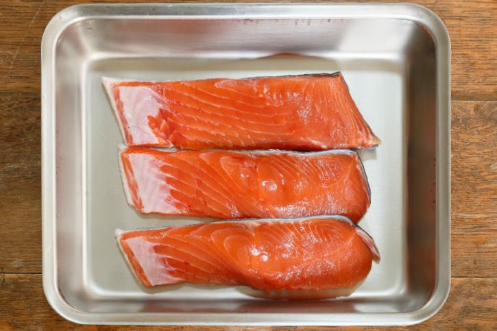 旬の食材「秋鮭」