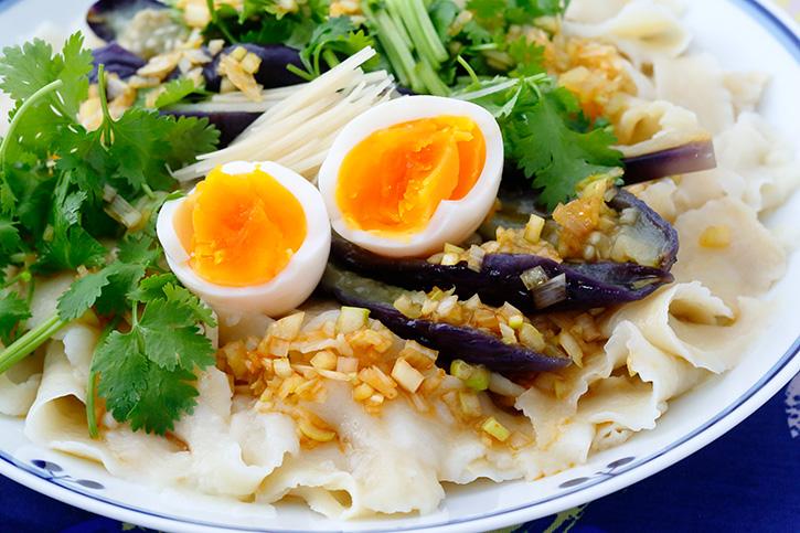 冷やし刀削麺