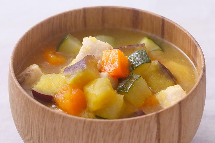 ヒカド(めかじきと野菜のとろみ汁)