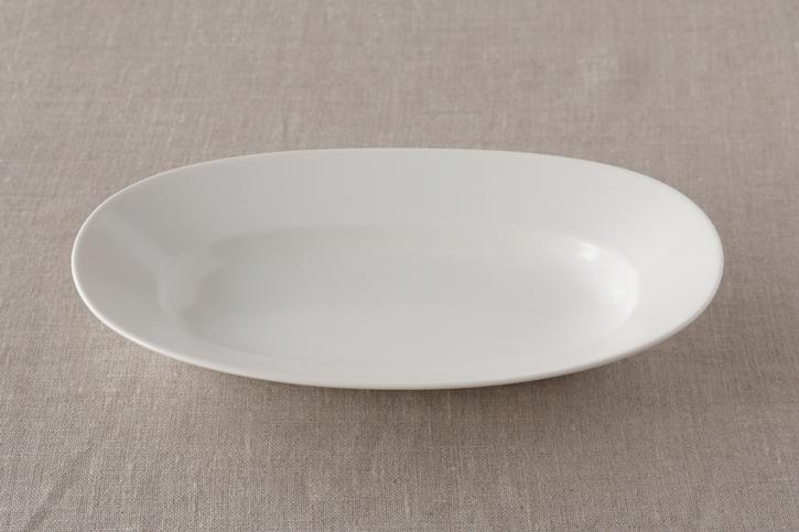 オーバルプレート lily white M(イイホシユミコ)
