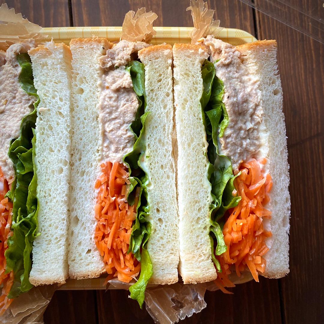 サンドウィッチの断面の様子